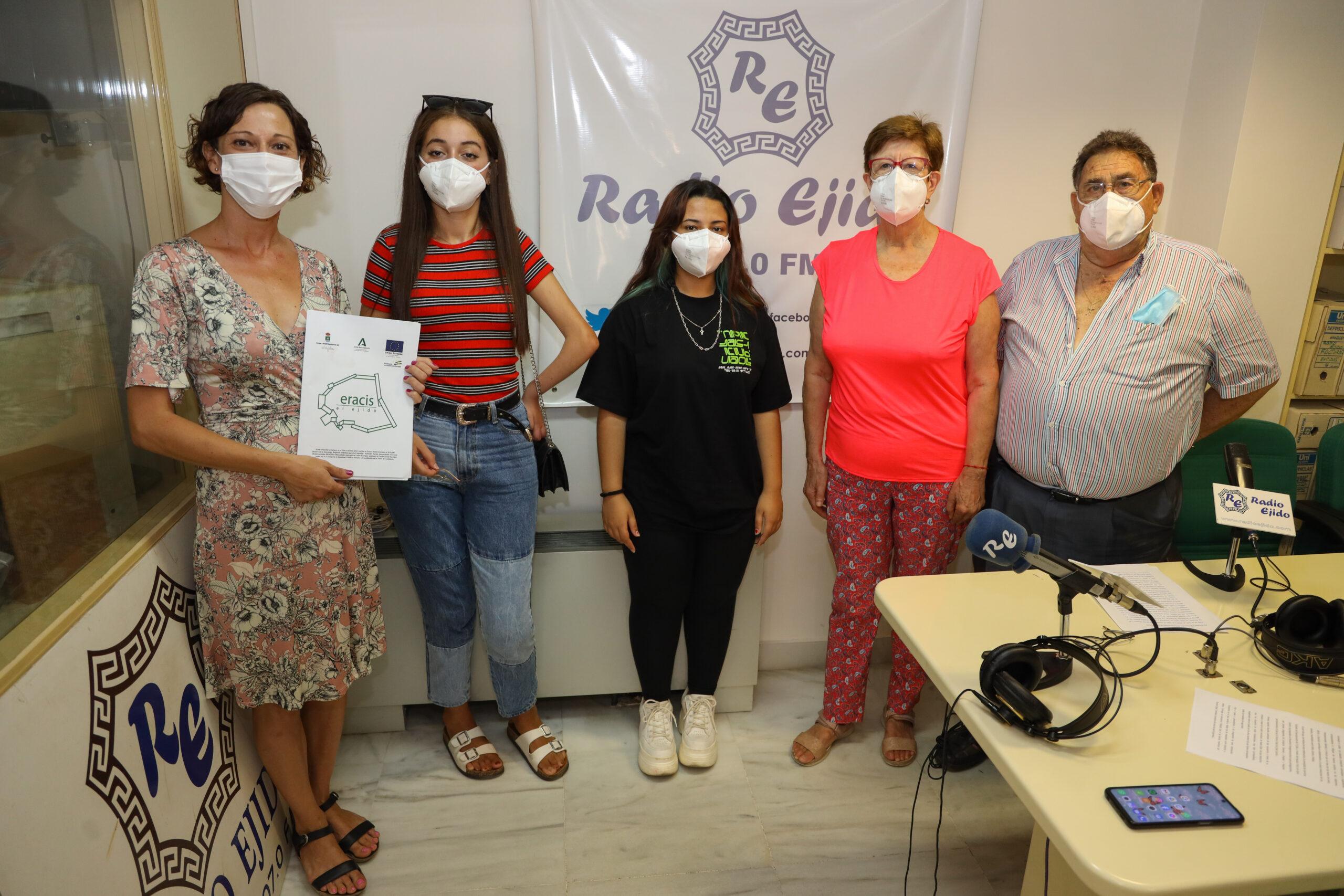El Ejido celebra el Día Mundial de los Abuelos con un encuentro intergeneracional a través de un programa especial en la radio municipal